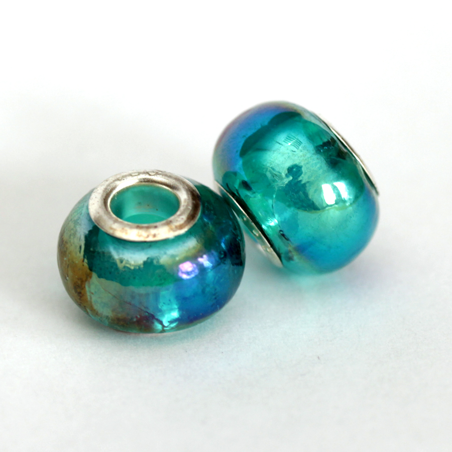 perleťova-zelena-sklenena-koralka
