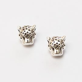 kovova-koralka-s-velkim-prievlakom-leopard-strieborny