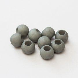 plastove-koralky-velky-prievlak-10x12mm-sive