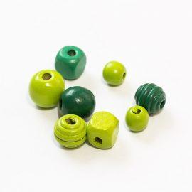 farebné-koralky-mix-zelene