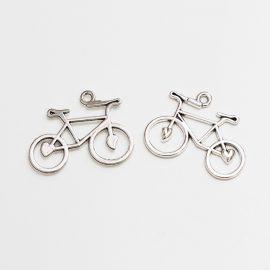 kovovy-privesok-bicykel-strieborny