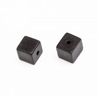 plastova-koralka-cierna-10x10mm