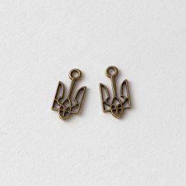 kovovy-privesok-trojzubec-farba-bronz